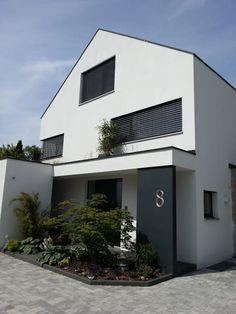 moderne satteldachh user google suche satteldach haus pinterest house. Black Bedroom Furniture Sets. Home Design Ideas