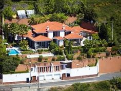 Jenny - getting married in Madeira! How would you like to stay here? Vila Rostrum, exclusive, secluded, indoor & outdoor heated pools, stunning viewsHoliday Rental in Funchal from @HomeAway UK #holiday #rental #travel #homeaway