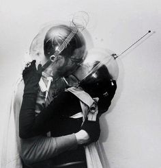 Boy meets girl – from Outer Space, Weegee (Arthur Fellig), Spaceage, New York Science Fiction, Weegee, Ligne Claire, Future Love, Boy Meets Girl, Space Photos, To Infinity And Beyond, Damien Hirst, Pics Art