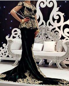 pour vous robes du soir caftans robes bjawis robes. Black Bedroom Furniture Sets. Home Design Ideas
