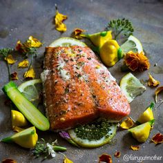 Slow Roasted @sizzlefishfit Sockeye Salmon: Heat oven to 275*F and lightly grease a bottom of baking dish with olive oil and cover with fresh herbs (I used fresh dill and lemon slices). Place Salmon on top of the herbs and lightly coat with olive oil and season with sea salt, black pepper, and a pinch of lemon zest. Bake for 20-30 minutes or until the flesh begins to separate from skin. More info at www.fairygutmother.com