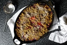 **** Smitten Kitchen - Pear, Cranberry, and Gingersnap Crumble (2 tsp (not Tbsp) cornstarch and triple the ground ginger. Add more seasoning to the pears themselves and use salted butter and full amount of salt)