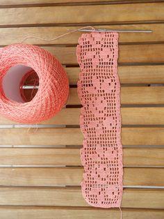 Easiest Crochet Frills Border Ever! Crochet Edging Patterns, Crochet Lace Edging, Crochet Motifs, Crochet Borders, Crochet Doilies, Crochet Stitches, Crochet Simple, Love Crochet, Learn To Crochet