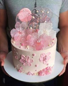 Especially beautiful cream cake, so beautiful! Especially beautiful cream cake, so beautiful! Especially beautiful cream cake, so beautiful! Baby Cakes, Girl Cakes, Cupcake Cakes, Lollipop Cake, Beautiful Birthday Cakes, Beautiful Cakes, Amazing Cakes, Pretty Cakes, Cute Cakes
