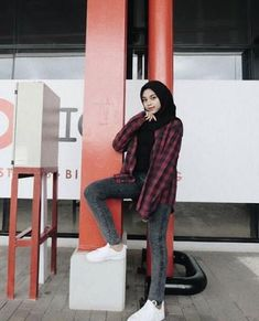 Fashion urban ootd 42 new Ideas – Hijab Fashion 2020 Modern Hijab Fashion, Street Hijab Fashion, Hijab Fashion Inspiration, Muslim Fashion, Modest Fashion, Look Fashion, Urban Fashion, Fashion Outfits, Street Outfit