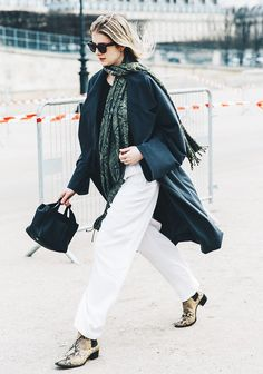 How+to+Dress+Like+a+Parisian,+According+to+a+French+Designer+via+@WhoWhatWearUK