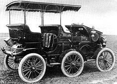 1905 The York Motor Car Co. built 1905 Pullman 6-wheel prototype ===> https://de.pinterest.com/donmartens7/antique-autos/