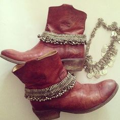 cool boot jewelry