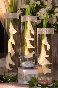 Stylish Wedding Centerpiece | Events by Dream Makers - Florida | #floral #decor #wedding #centerpieces