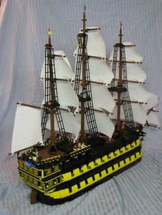 HMS GAUNTLET - Third Rate Ship of the Line (MAN O WAR) :: My LEGO creations. This is my creation I devised first very roughly in LDD. I then bought several bricks and used the great support at classic-pirates for the build. Bateau Pirate Lego, Bateau Lego, Lego Pirate Ship, Lego Ship, Pirate Ships, Legos, Lego Boat, Lego Challenge, Lego Girls