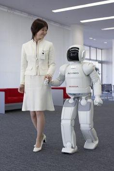 Honda Asimo robot 2004
