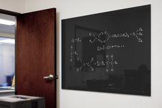 ViviChrome Scribe glass, non-magnetic configuration with Blackboard interlayer and Standard finish