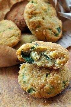 Zucchini and ricotta fritters -