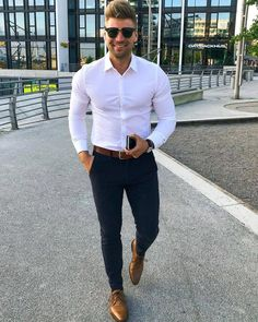 Outfit Hombre Formal, Formal Men Outfit, Work Outfit Men, Casual Outfit For Men, Casual Wedding Attire, White Shirt Outfits, Mens Dress Outfits, All White Mens Outfit, Blue Shirt Outfit Men
