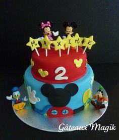 mickey mouse cake www.facebook.com/gateauxmagik                                                                                                                                                     Plus