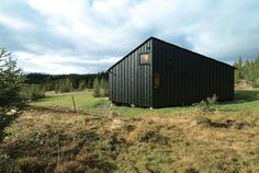 Cabin Nordmarka, 2006, by Jarmund/Vigsnæs. Image by Nils Petter Dale. Photo by Pia Ulin.  Photo by: Pia Ulin