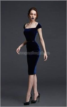 Exclusive bridal wear and evening dresses Elegant Dresses, Pretty Dresses, Beautiful Dresses, Classy Dress, Classy Outfits, Winter Fashion For Teen Girls, Dress Up, Bodycon Dress, Moda Vintage
