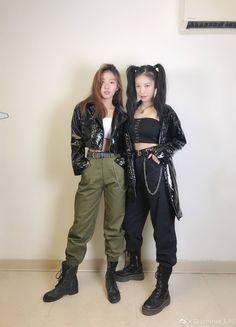"wang ke updates ᵇˡᵐ on Twitter: ""2 powerful girls !!!  #wangke #王柯 #producecamp2020 #创造营2020… """