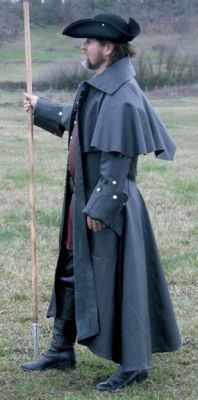 I want one of these in black SO BAD!!  Highwayman Long Coat without the hat of course and the coat in charcoal or black. Rich... (let me know and ill give you my size :)