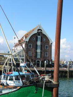 Oudeschild, harbor.