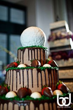 can i make a golf ball cake ball???  want to try