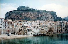 Cefalu, Sicilia / photo by Leandro Agró