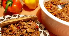 Do you need to prepare hot or cold sandwiches for an event, party or other? The shredded beef will be your ally to prepare healthy and tasty sandwiches. Cold Sandwiches, Healthy Sandwiches, Delicious Sandwiches, Sandwich Recipes, Sandwich Original, Shredded Beef Recipes, Pasta Al Dente, Slow Cooked Beef, Cooking