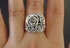 Handmade Vintage Sterling Silver Rose Ring via Etsy. I Love Jewelry, Jewelry Box, Jewelry Rings, Silver Jewelry, Jewelry Accessories, Fashion Accessories, Jewelry Design, Fashion Jewelry, Jewlery