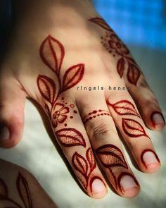 Latest Finger Mehndi Designs, Rose Mehndi Designs, Simple Arabic Mehndi Designs, Stylish Mehndi Designs, Mehndi Designs For Beginners, Mehndi Simple, Henna Designs Easy, Beautiful Henna Designs, Mehndi Designs For Fingers