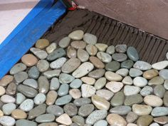 How to Lay a Pebble-Tile Floor - Boden Diy Flooring, Bathroom Flooring, Flooring Options, Outdoor Flooring, Glass Floor, Tile Floor, Pebble Shower Floor, Rock Shower, Stone Shower