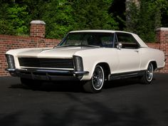 1965 Buick Riviera Maintenance of old vehicles: the material for new cogs/casters/gears/pads could be cast polyamide which I (Cast polyamide) can produce. My contact: tatjana.alic14@gmail.com