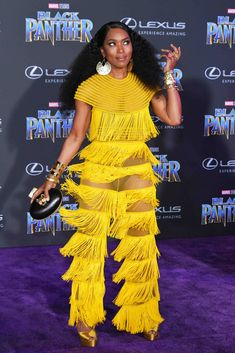 Angela Bassett Photos - Actor Angela Bassett attends the premiere of Disney and Marvel's 'Black Panther' at Dolby Theatre on January 2018 in Hollywood, California. - Premiere Of Disney And Marvel's 'Black Panther' - Arrivals Black Women Celebrities, Purple Carpet, Angela Bassett, Solange Knowles, Mellow Yellow, Color Yellow, Celebrity Look, Fashion Photo, Swag Fashion