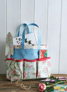 Cath Kidston Fabric Gardening Tool Caddy and Knee Rest - free pattern