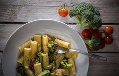 Ριγκατόνι με  μπρόκολο και κατσικίσιο τυρί Cantaloupe, Kai, Fruit, Casseroles, Food, Casserole Dishes, Casserole, The Fruit, Meals