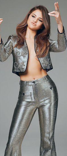 Selena Gomez Sytle Grey