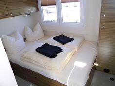 Gemütlich - eine der zwei Kabinen der Luisa, unserer HausYacht. Perfekt für den relaxten Yacht-Urlaub auf der Müritz