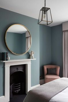 This bedroom at our recent townhouse project was painted in Oval room blue from . This bedroom at our recent townhouse project was painted in Oval room blue from F&B . Bedroom Wall Colors, Bedroom Color Schemes, Home Decor Bedroom, Home Living Room, Relaxing Bedroom Colors, Bedroom Ideas, Design Bedroom, Modern Victorian Bedroom, Bedroom Vintage