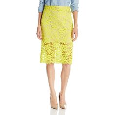 Trina Turk Women's Bretta Lace Pencil Skirt (9.540 RUB) ❤ liked on Polyvore featuring skirts, yellow skirt, lacy skirt, short lace skirt, short pencil skirt and lace skirt