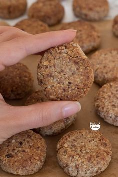 67 Best ideas for recipes vegetarian healthy sweets Healthy Candy, Healthy Sweets, Healthy Baking, Healthy Snacks, Vegan Recipes Easy, Sweet Recipes, Vegetarian Recipes, Gluten Free Treats, Gluten Free Cookies