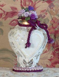 Victorian Perfume Bottle / Keepsake - Heart Shape Vintage Style - Purple & White
