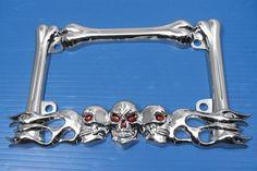Chrome Skull License Plate Frame