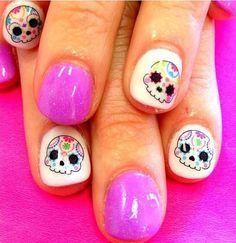 """30 Asombrosos Diseños de uñas inspirados en el """"Día de Muertos"""" ⋮ Es la moda"""