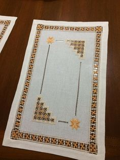 Barbecue, Rugs, Home Decor, Tablecloths, Embroidery Ideas, Handarbeit, Farmhouse Rugs, Decoration Home, Barrel Smoker