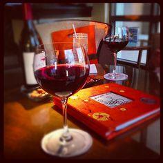 Cheers in the Lobby Lounge! (Instagram photo by @farrisrachel)