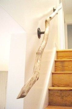 driftwood railing / staircase twisted tree branch - interior design home decorating neutral decor. I have a similar railing in my house but its DIY'd from a sassafras branch. Cheap Home Decor, Diy Home Decor, Room Decor, Diy Decoration, Wall Decor, Unique Home Decor, Wood Home Decor, Creation Deco, Diy Wall Art