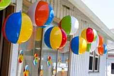 The uses for beach balls in a surf themed party are endless! Here simple plasti., The uses for beach balls in a surf themed party are endless! Here simple plasti. Beach Ball Birthday, Beach Ball Party, Pool Party Kids, Ball Birthday Parties, Summer Birthday, Luau Party, Beach Party Decor, Birthday Ideas, Kid Parties