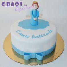 Anjo e Laço   Recortado   bolo batizado anjo   Grãos de Açúcar - Bolos decorados - Cake Design Cake Design, Birthday Cake, Desserts, Food, Angel, Decorating Cakes, Parties, Tailgate Desserts, Birthday Cakes