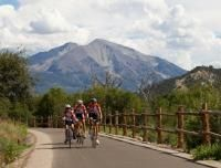 Rio Grande biking trail in Glenwood Springs, CO. Bike along the Roaring Fork River!