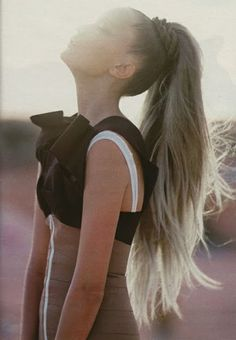 Long blond pony tail, love this
