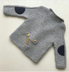 New knitting baby pullover boys ideas Knitting Patterns Boys, Baby Boy Knitting, Knitting For Kids, Crochet For Kids, Baby Patterns, Crochet Baby, Free Crochet, Baby Boy Cardigan, Knitted Baby Cardigan